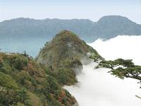 石鎚山系と雲海
